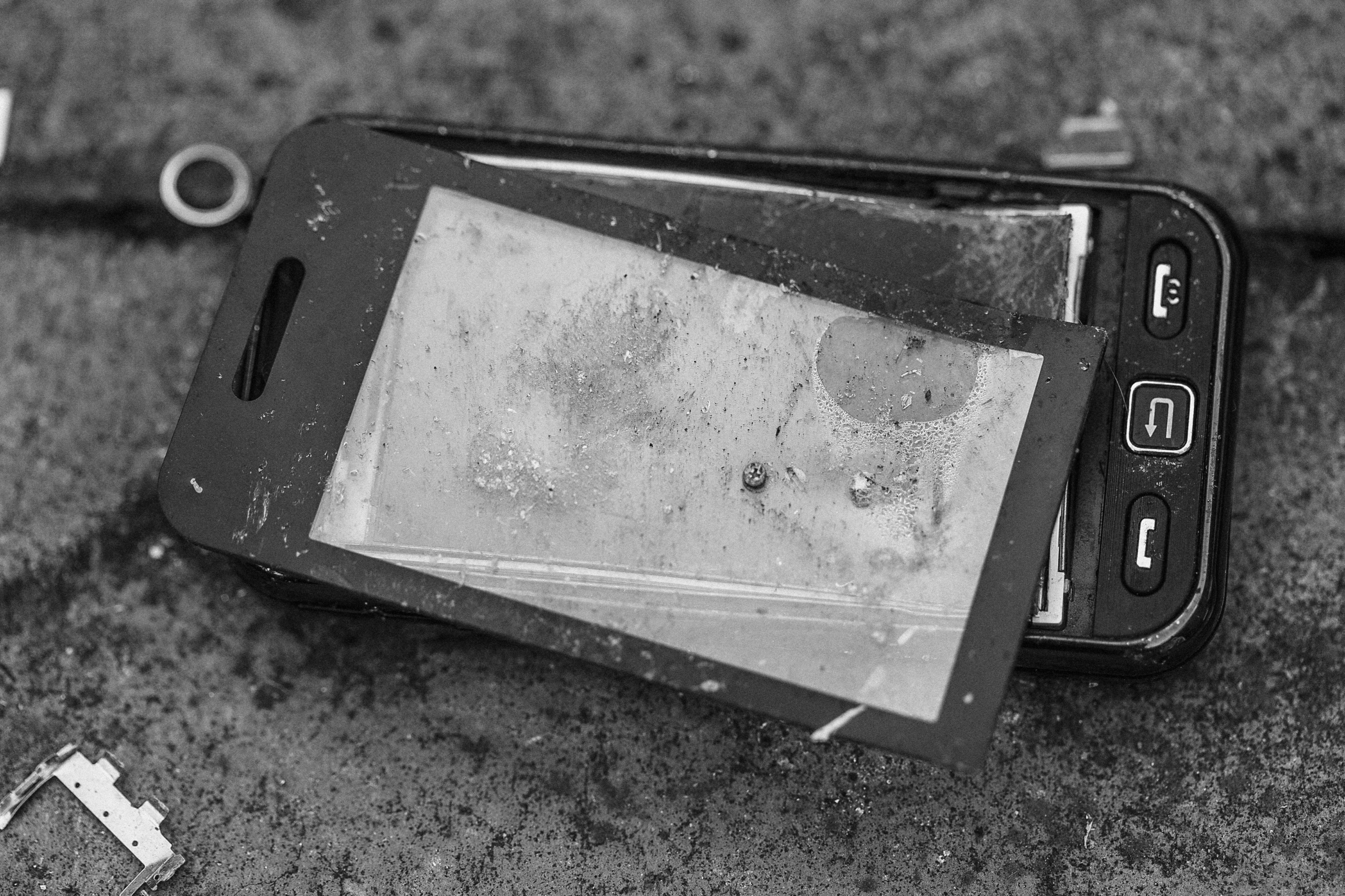 a smashed smart phone